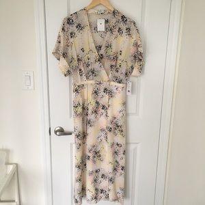 EQUIPMENT Tavine Dress 100% Silk - Brand New